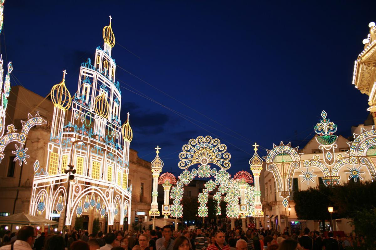 La festa patronale dei Santi Medici Cosma e Damiano di Alberobello